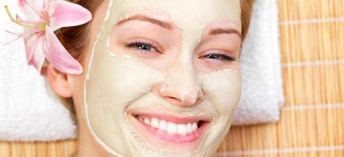 Maschera di stazione termale per capelli tinti