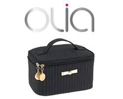 Beauty case Camomilla in omaggio con Garnier Olia