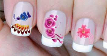 Nail art floreale