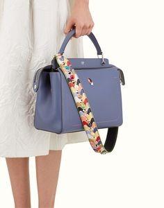 Le borse con tracolla sono perfette per il periodo estivo e si prestano  molto bene a svariati abbinamenti e9d3db964d8