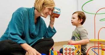 una selezione di giochi per bambini di 2 anni