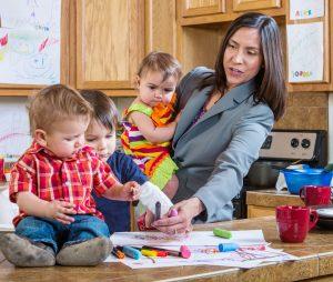 Madre e tre figli