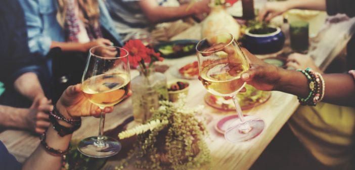 Summer Party: 4 vini economici che ti faranno fare un figurone