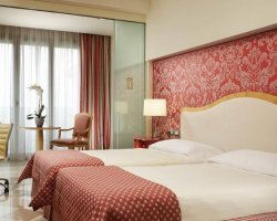 Offerta di Bed & Parking, a partire da 74 € - UNAHOTELS Expo Fiera Milano